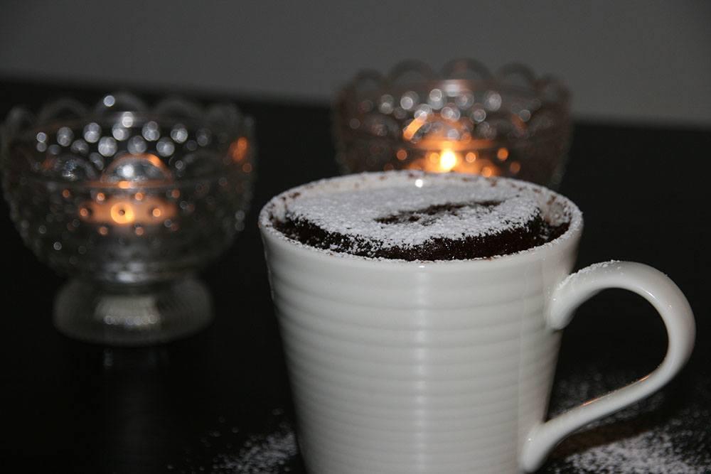 Svampet chokoladekage på 5 minutter