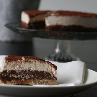Opskrift på almost rawfood citrus/chokolade kage