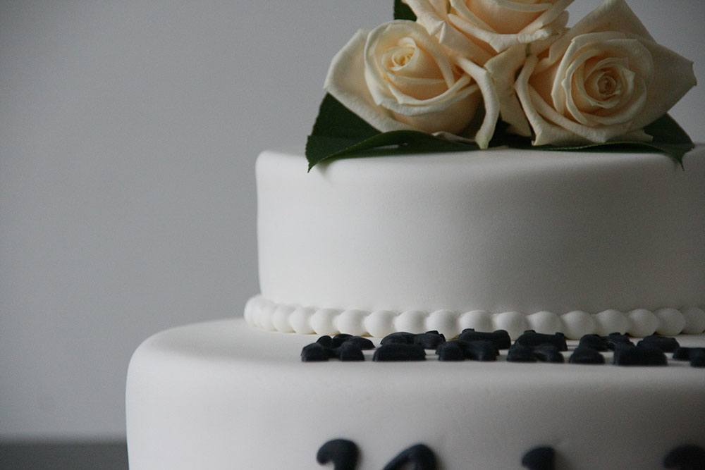 simpel bryllupskage