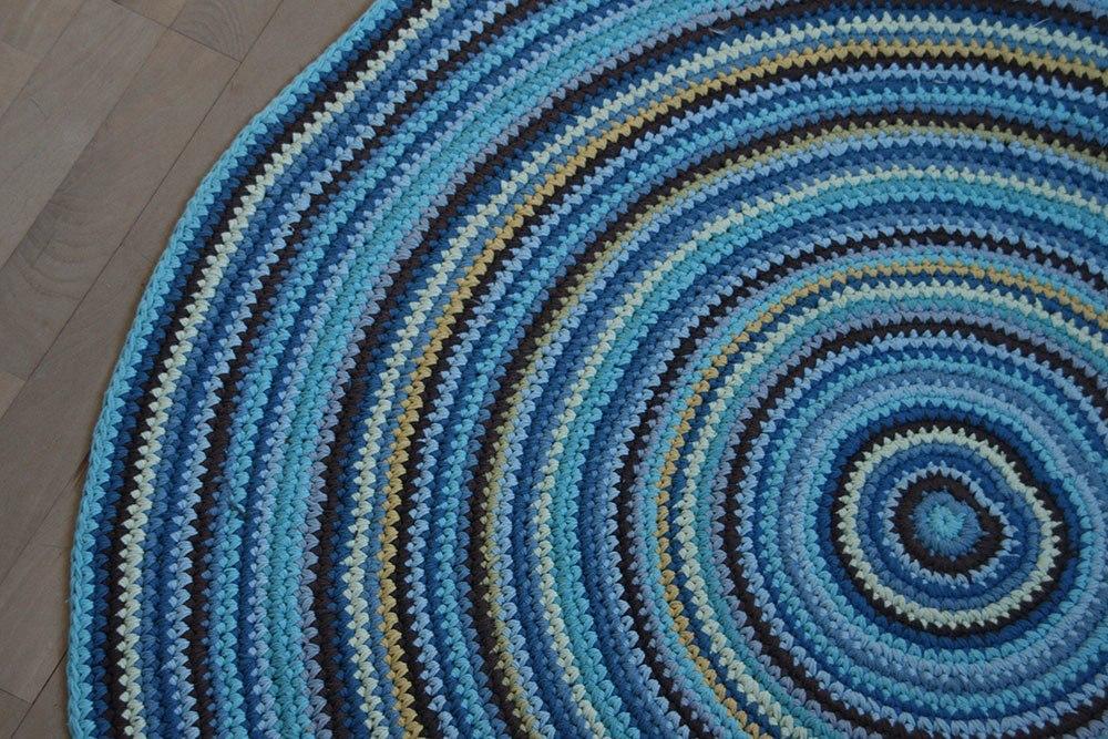Rundt gulvtæppe fra Sebra