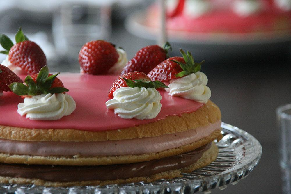 Opskrift på lækker og nem fødselsdagslagkage