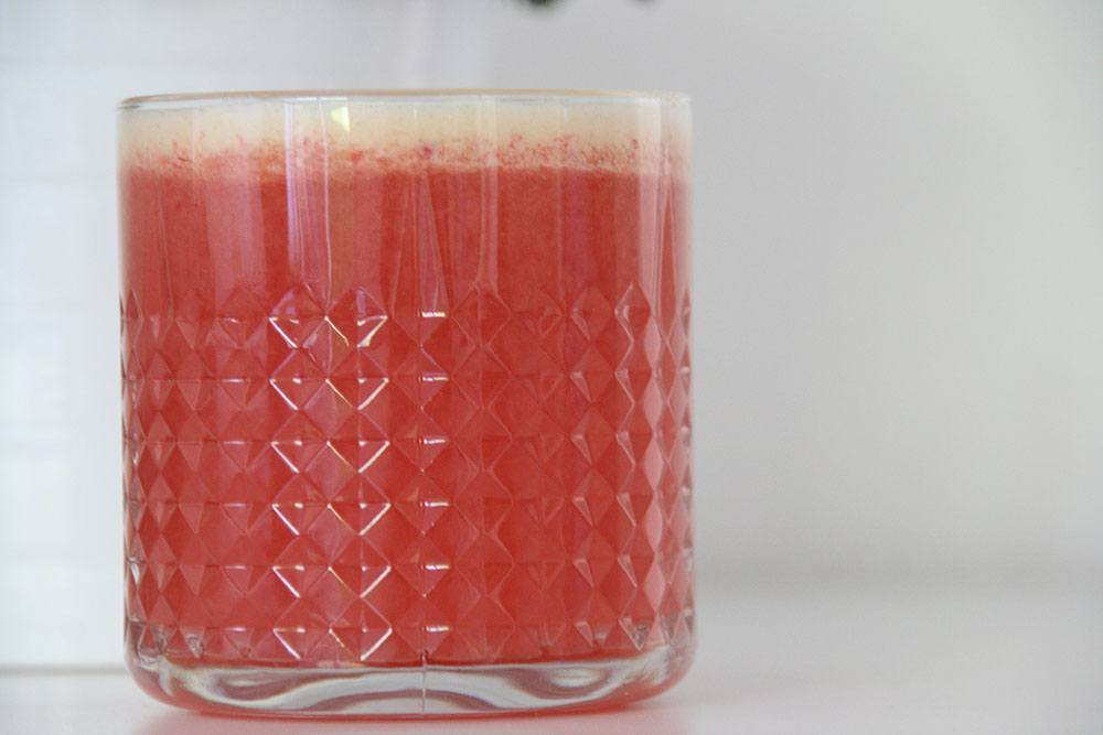 Juicekur og opskrift på lækker forfriskende æble-pære-hindbær juice