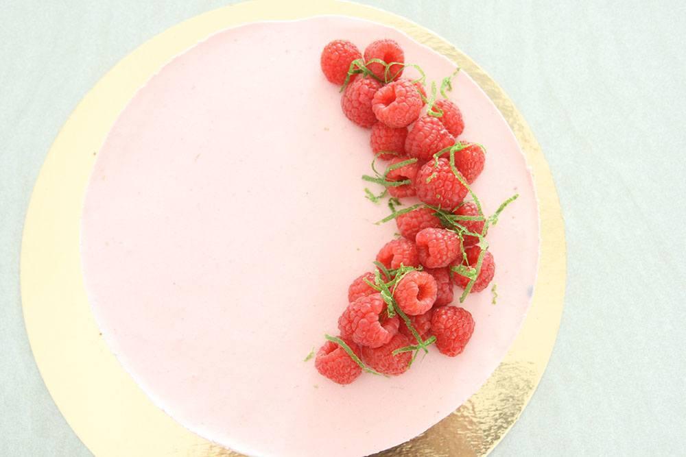 hindbærmousse kage opskrift