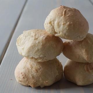 Opskrift på nemme koldhævede durumboller