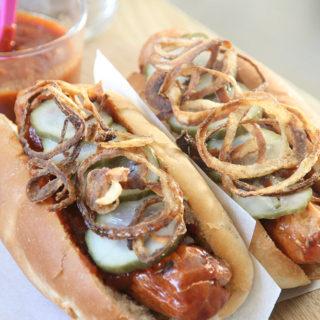 Hjemmelavet bløde pølsebrød, perfekte til en luksus hotdog
