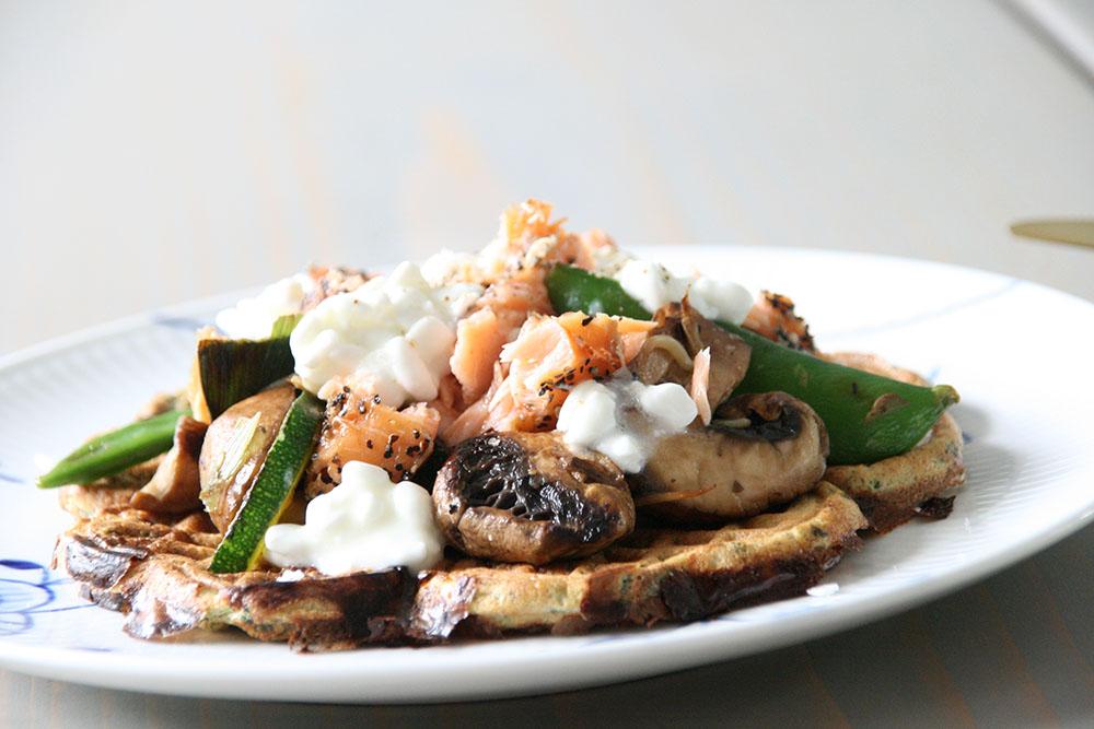 Opskrift på lækre madvafler med spinat og hytteost