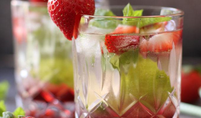 Fredagscocktail – Strawberry mojito