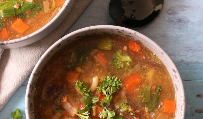 Opskrift på lækker og hurtig grøntsagssuppe