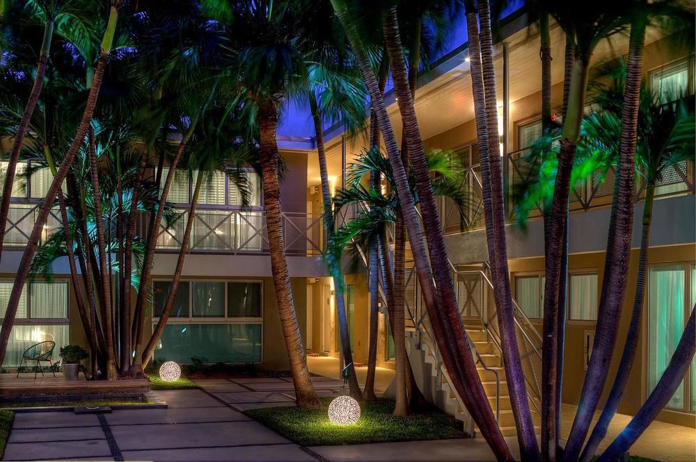 Meridian Ave - Miami beach