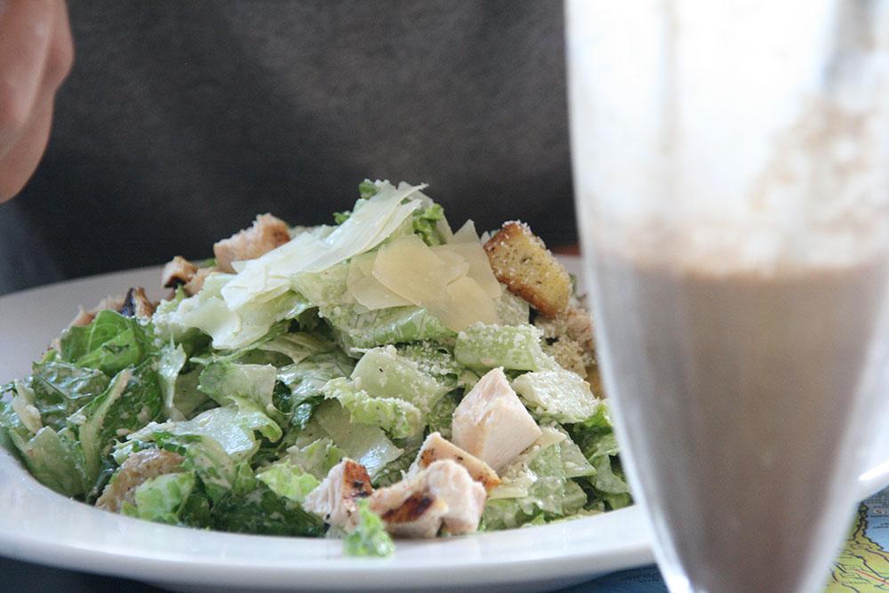 Cæsar salat på 11th street diner - Miami South Beach