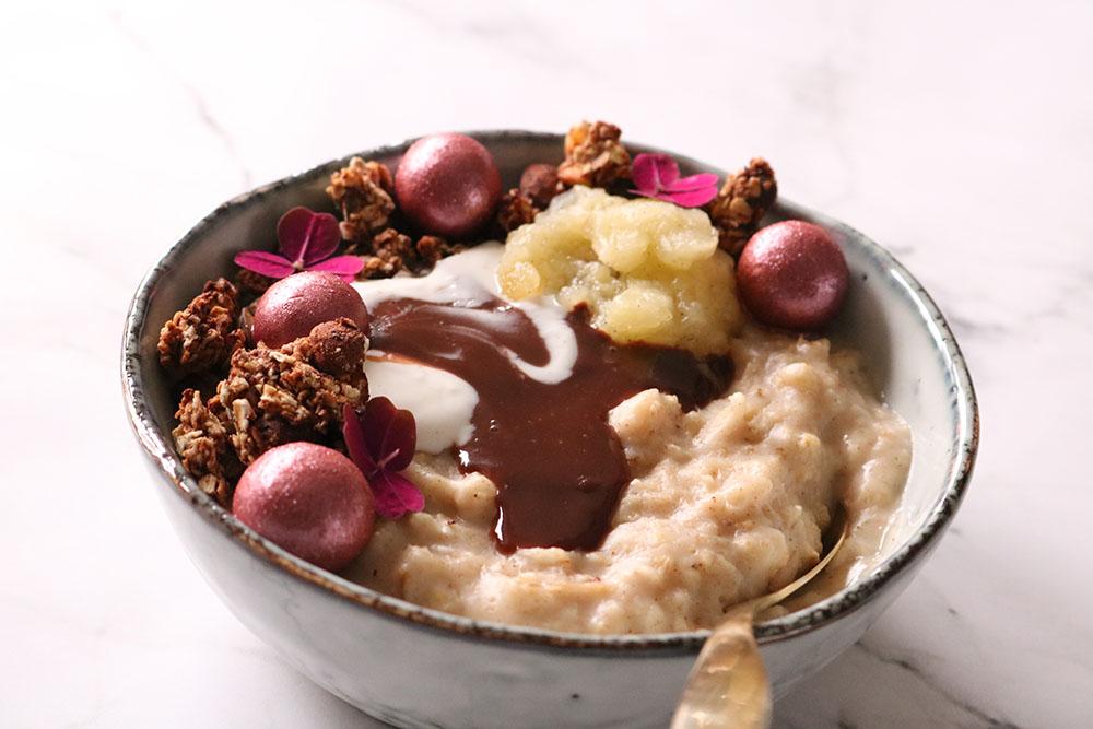 Opskrift på skøn vanilje-lakrids morgengrød