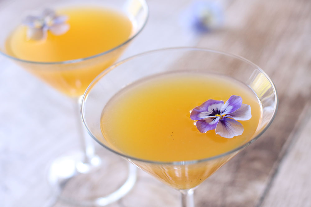 opskrift på sommerfrisk passionsfrugt martini