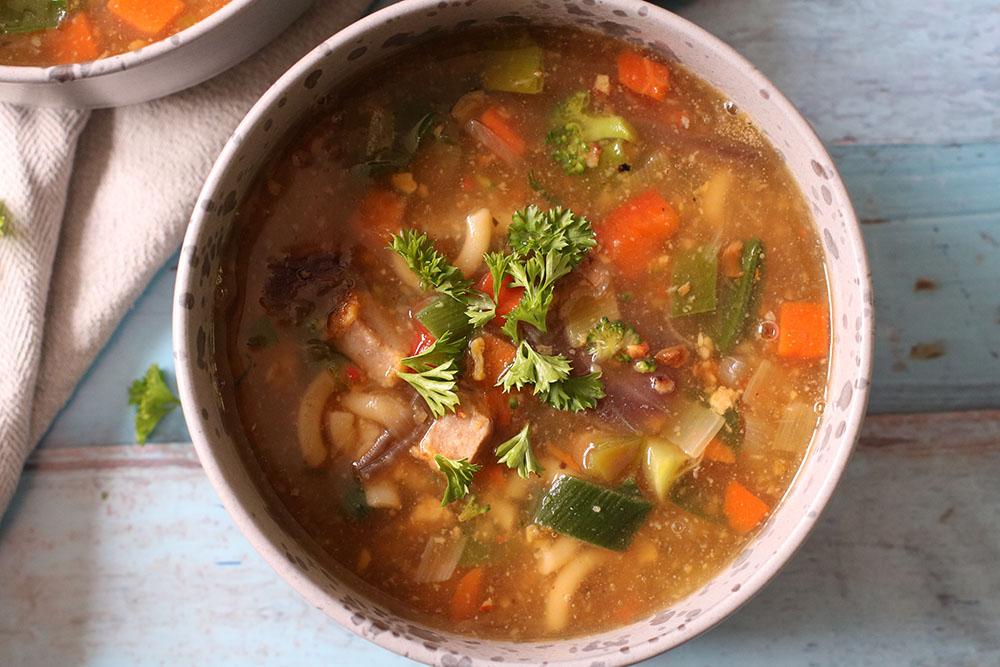 Grøntssagssuppe på den nemme måde