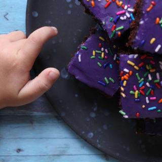 Opskrift på lækker og svampet chokoladekage